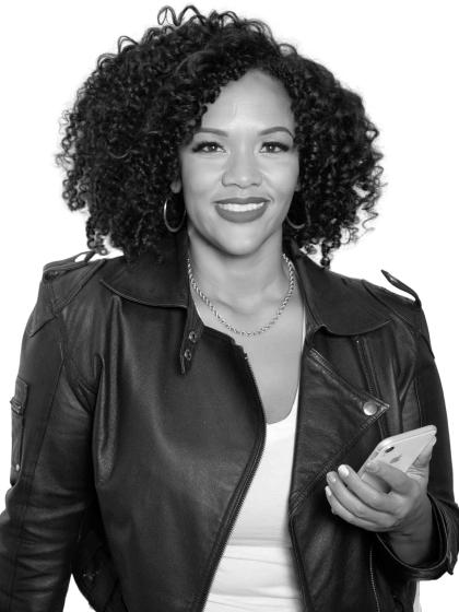 Cher Jones | Corporate Social Media Trainer, Founder Socially Active